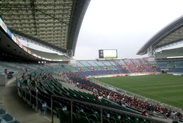 スタジアム・ドームの大屋根架設